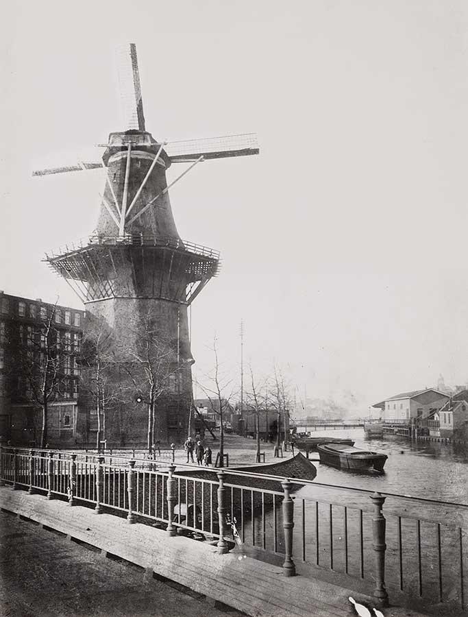 Oude foto van de Gooyer vanaf brug 354 gefotografeerd