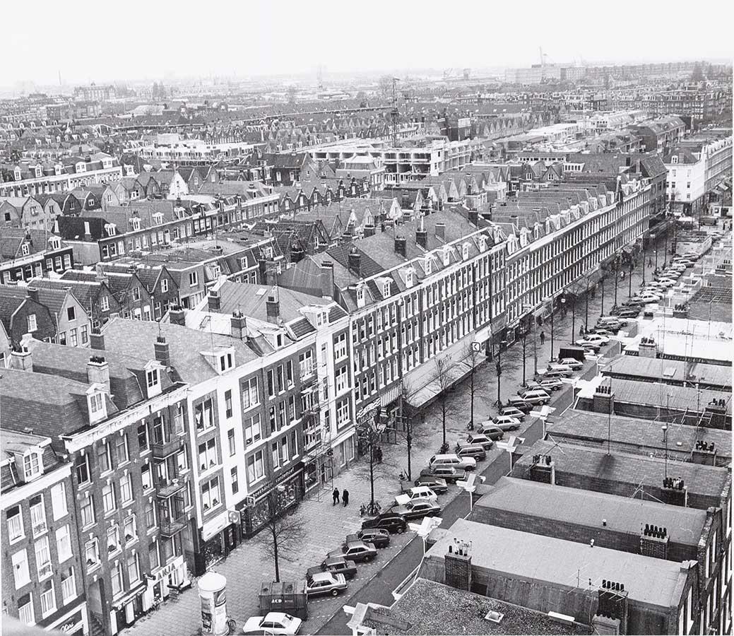 Eerste van Swindenstraat vanaf Muiderkerk