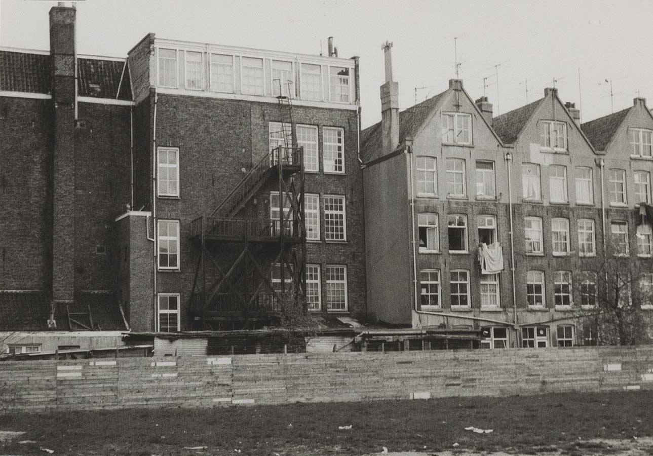 Achterzijde Commelinstraat in 1979