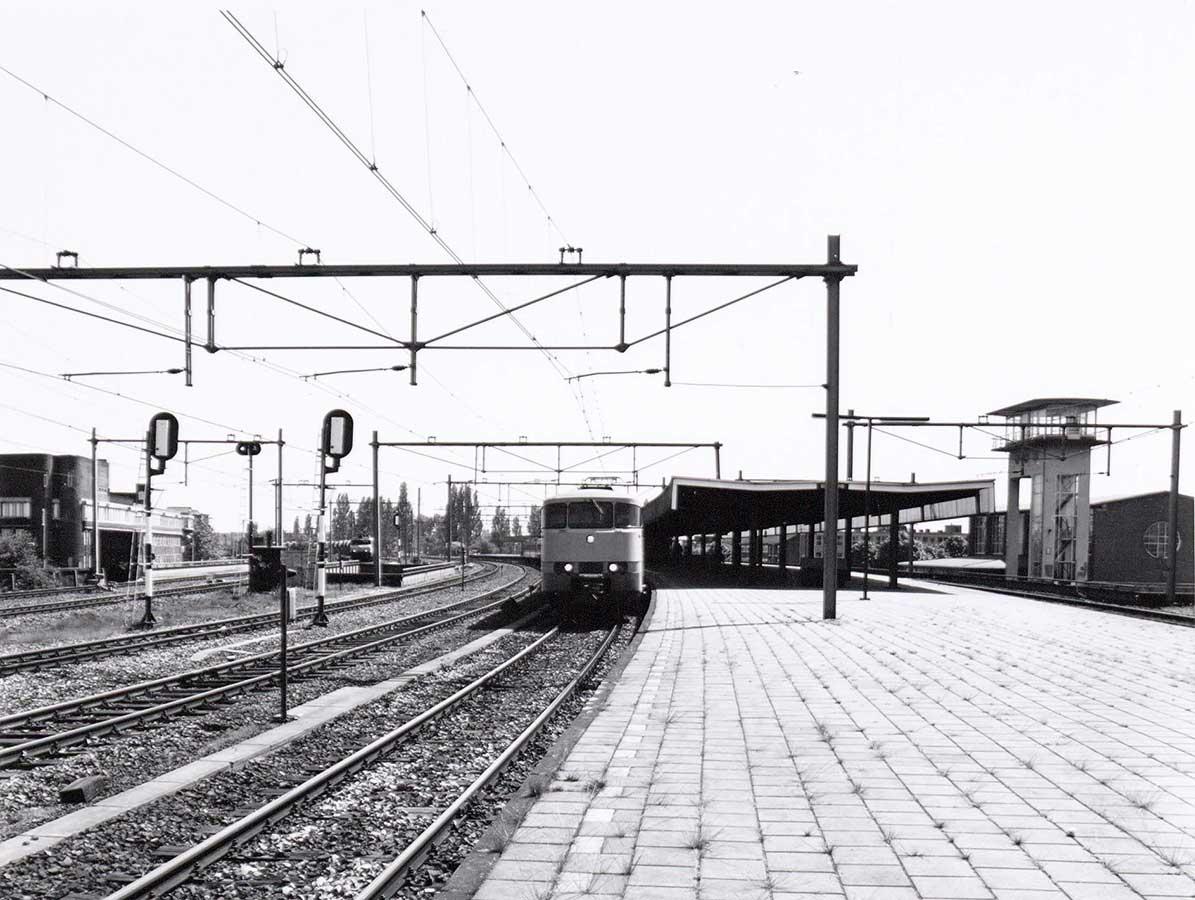 Perron 3 met trein in 1989