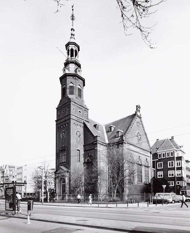Muiderkerk paar maanden voor de brand