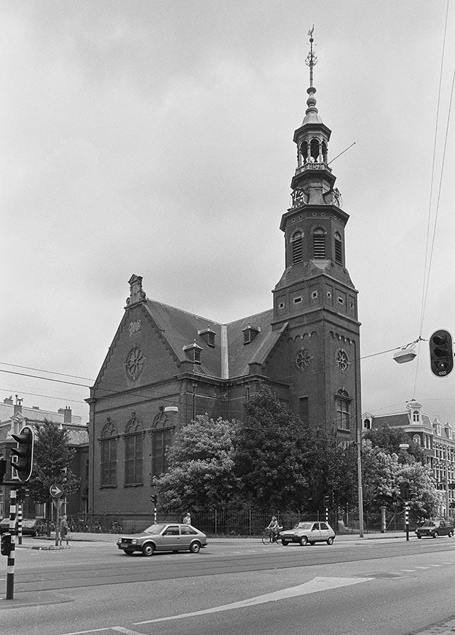 Muiderkerk van voor de brand gezien in Zuidoostelijke richting