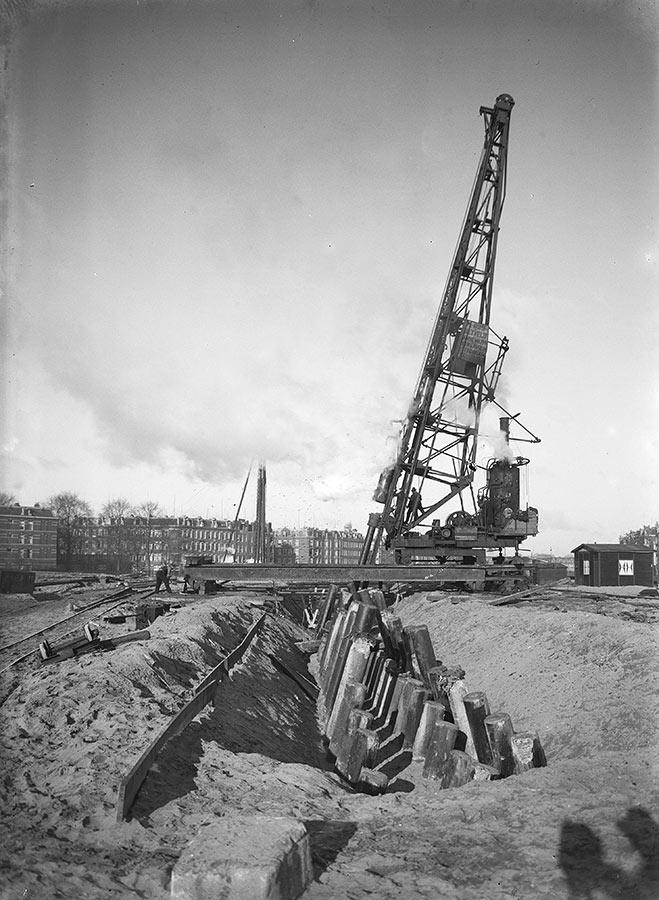 Uitbreiding spoorbanen van het oude Muiderpoortstation